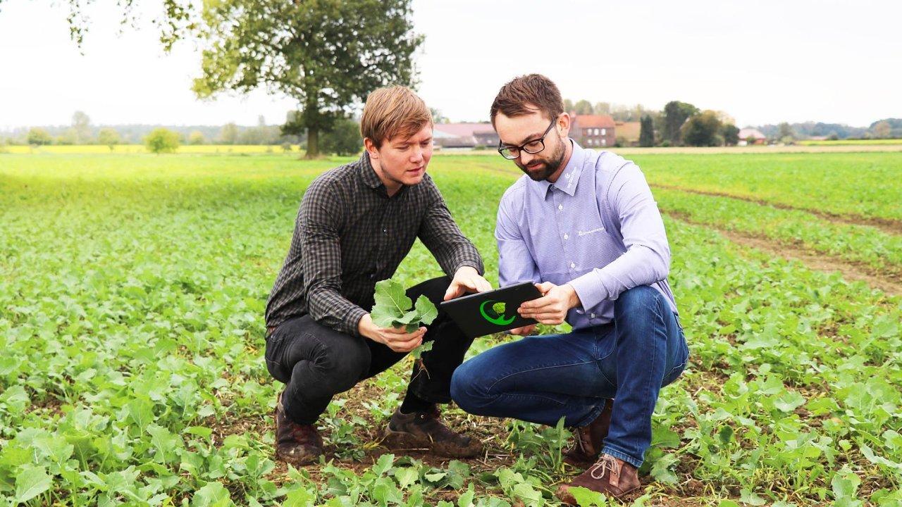 On-line služba My Data Plant umožňuje nazákladě aktuálních dat zesatelitů hnojit pozemky precizněji. Spomocí map stavu porostů mohou zemědělci sledovat vývoj plodin.