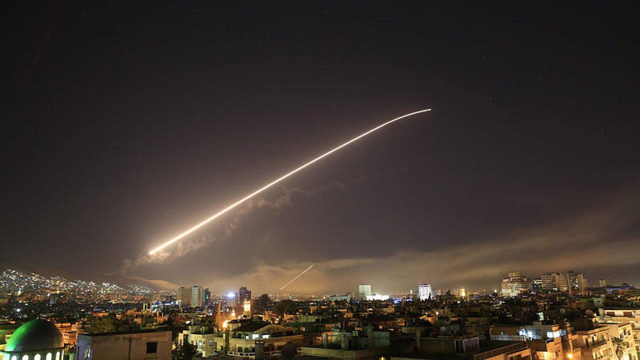 ŽIVĚ: Co dál s konfliktem v Sýrii? Kdo jsou vítězové a poražení? Sledujte speciál DVTV a Aktuálně.cz