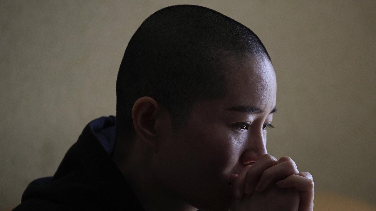 Manželka odsouzeného čínského advokáta Wanga Li Wenzu.