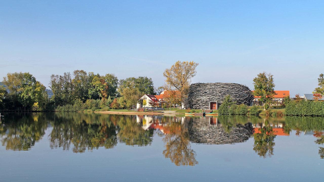 Jedním z těch, kdo kritizují stavbu obchvatu, je i firma Imoba. Té patří konferenční centrum Čapí hnízdo.