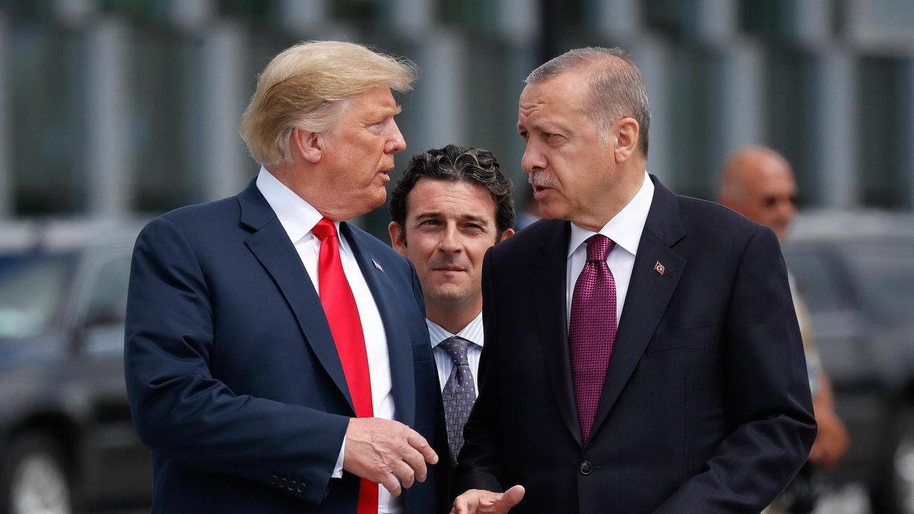 Americký prezident Donald Trump a turecký prezident Recep Tayyip Erdogan.