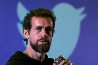 Zakladatel Twitteru Jack Dorsey věnuje na boj s koronavirem jednu miliardu dolarů.