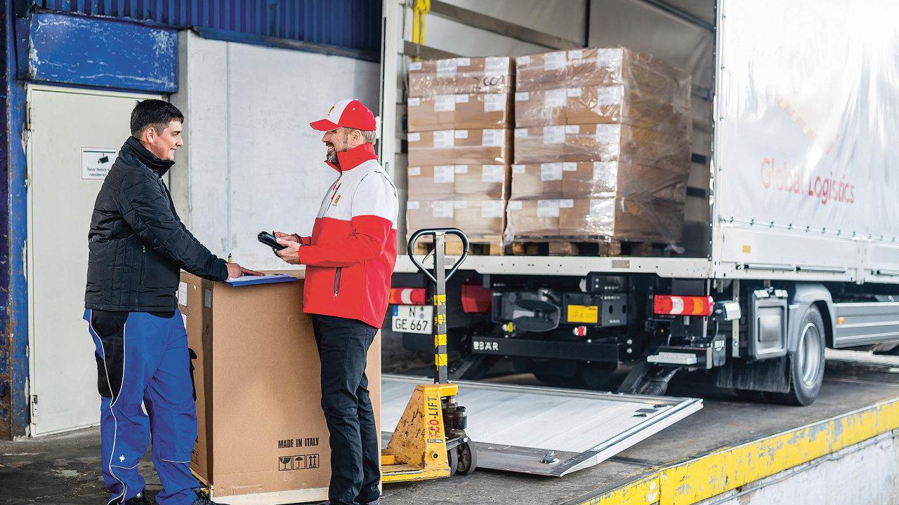 Vdnešním moderním pojetí již profesní zasílatel neplní jen funkci obstaravatele přepravy, ale je schopen poskytnout širší potřebnou pomoc.