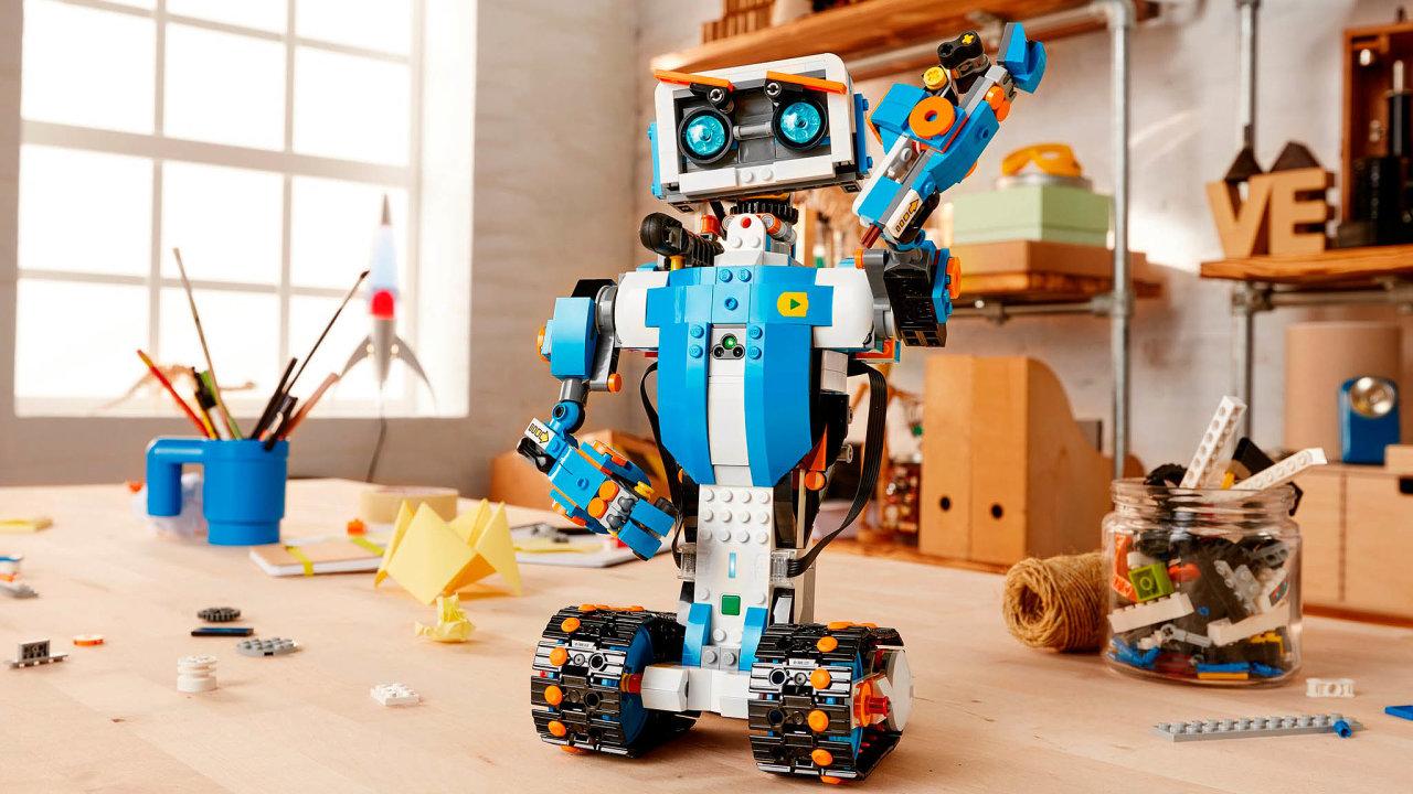 Lego Boost; cena: 3999 Kč