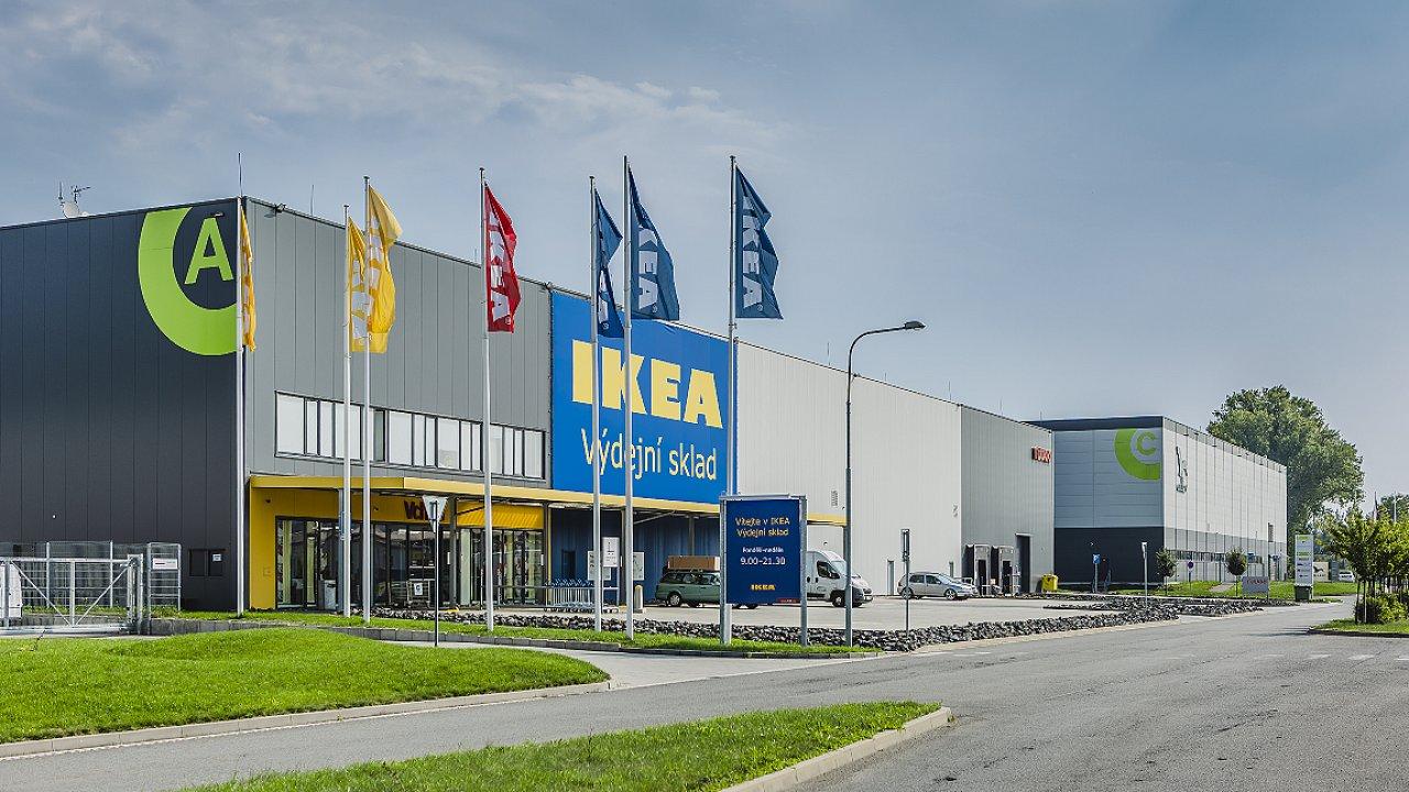 Sklad společnosti Ikea v areálu ostravských Kunčičkách, kde má prodejce nábytku pronajaté plochy již od ruku 2015 (ilustrační snímek).