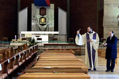 Kostely jako márnice. Probudí tento koronavirový fenomén církev?