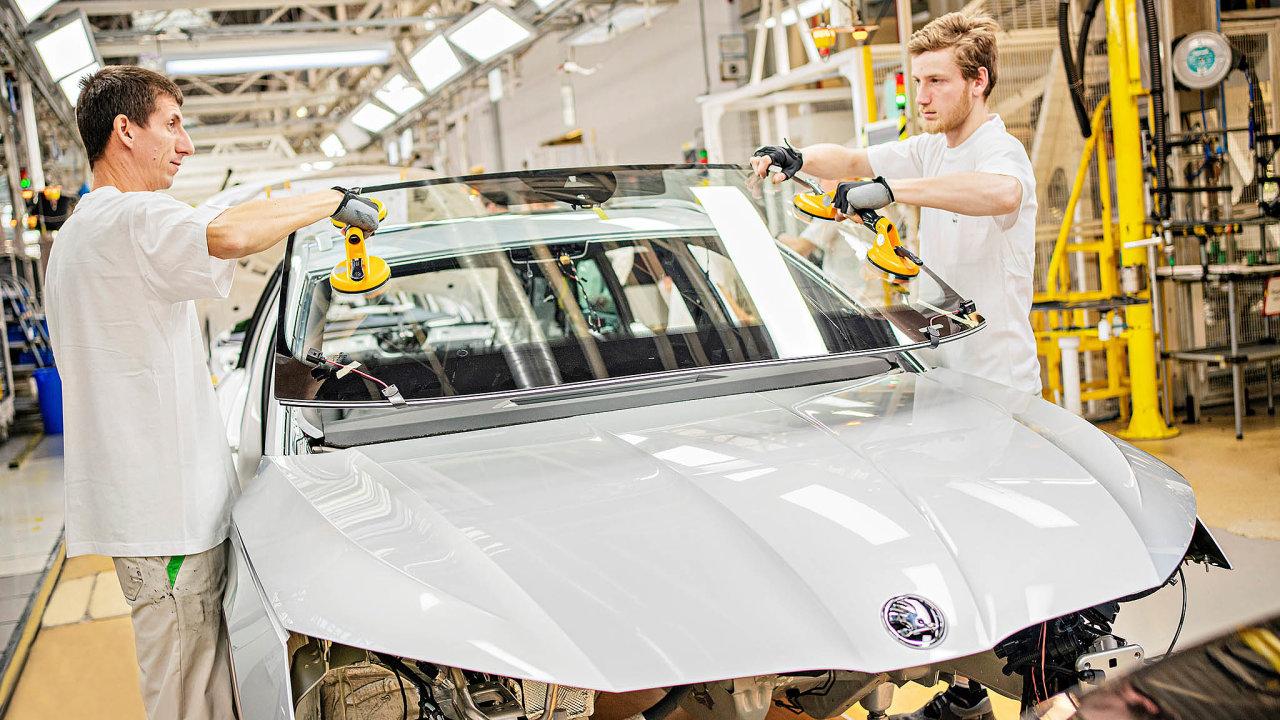 Nedodělané Octavie: Škoda loni představila novou generaci populární Octavie. Její výrobu ale provází potíže.