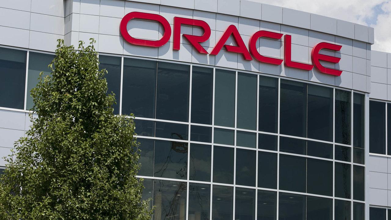 Výsledky hospodaření zapředchozí účetní čtvrtletí zveřejní v pátek americká technologická společnost Oracle.