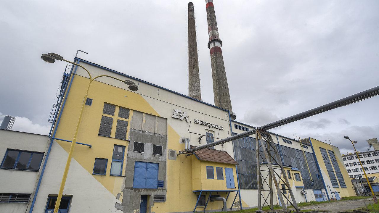 Za otravu Bečvy z 20. září loňského roku byla obviněna společnost Energoaqua z Rožnova pod Radhoštěm. Firma zajišťuje v areálu bývalé rožnovské Tesly mimo jiné i čištění odpadních vod.
