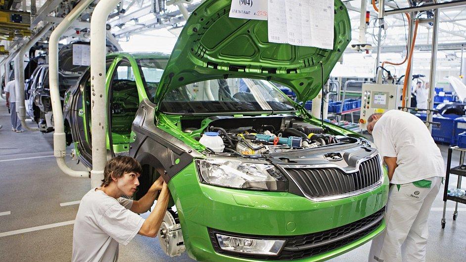 Škoda Rapid už je druhým nejoblíbenějším autem v Česku.