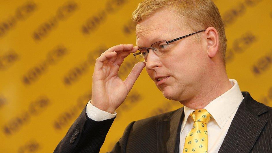 Předseda KDU-ČSL Pavel Bělobrádek spolu s celým výborem strany přijal nabídku koaličních partnerů