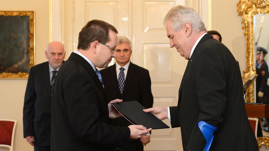 Zeman jmenoval v Lánech  Radovana Suchánka ústavním soudcem.