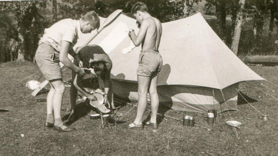 Nejčastější rodinná dovolená byla pod stanem.
