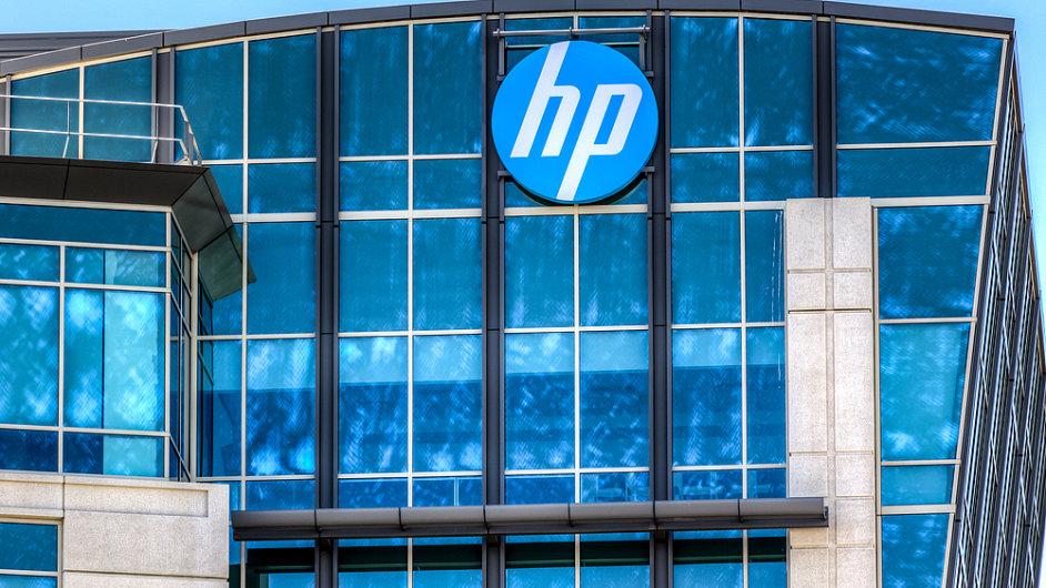 V rámci restruktualizace HP by o práci mělo přijít až 9 tisíc zaměstnanců
