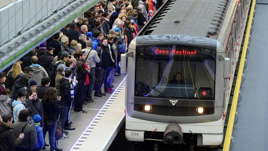 Linka A pražského metra jezdí od 6. dubna nově až do stanice Nemocnice Motol.