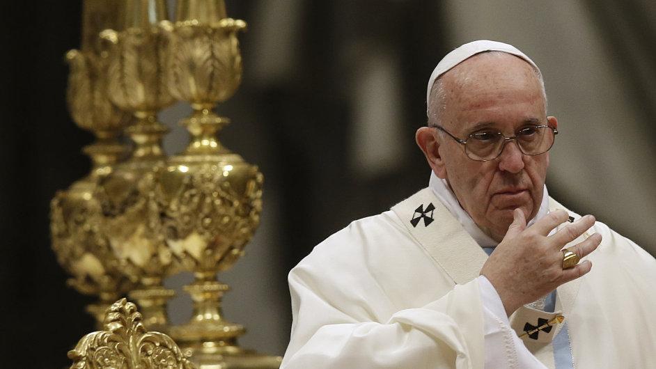 Papež vyzval ke skoncování s lhostejností.