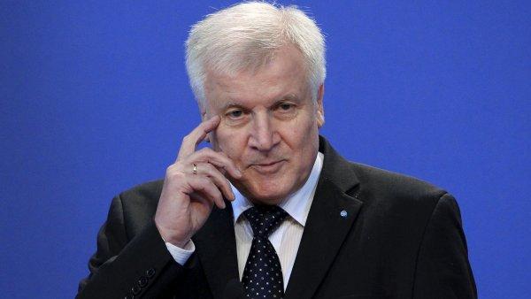 S premiérem Bavorska Horstem Seehoferem bude Sobotka jednat hlavně o spolupráci v dopravní infrastruktuře, vědě a výzkumu.