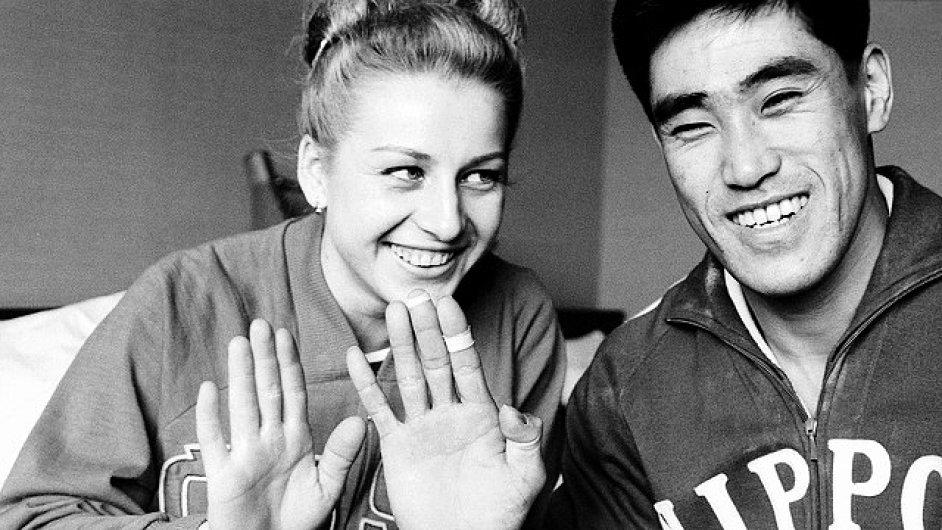 Věra Čáslavská a Yukio Endo 1964