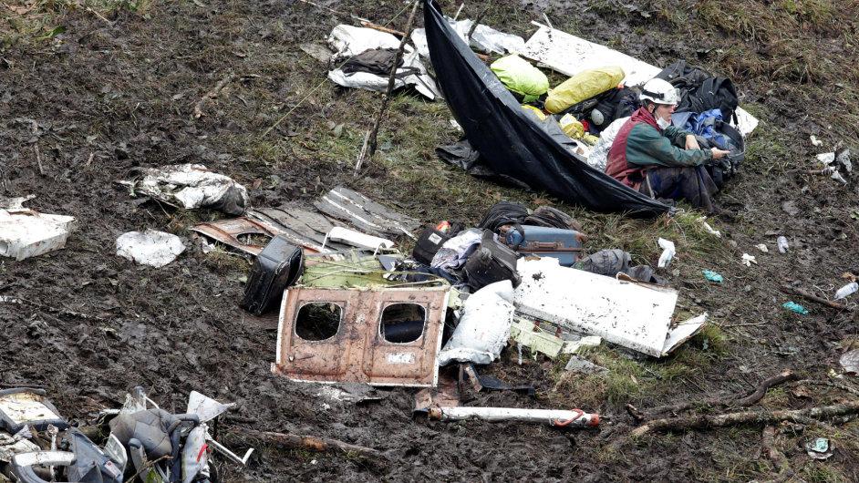 Vyšetřovatelé našli černé skříňky zříceného letounu 427995294b