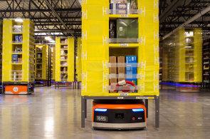 Nejtěžší práci ve skladech již obstarávají automaty. Robotizace logistiky se rychle rozšiřuje