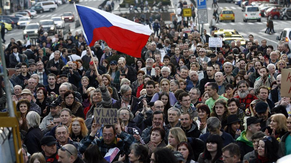 Demonstrace proti vládě a prezidentovi na Václavském náměstí