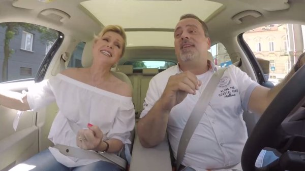 Helena Vondráčková ve slovenské verzi Carpool Karaoke