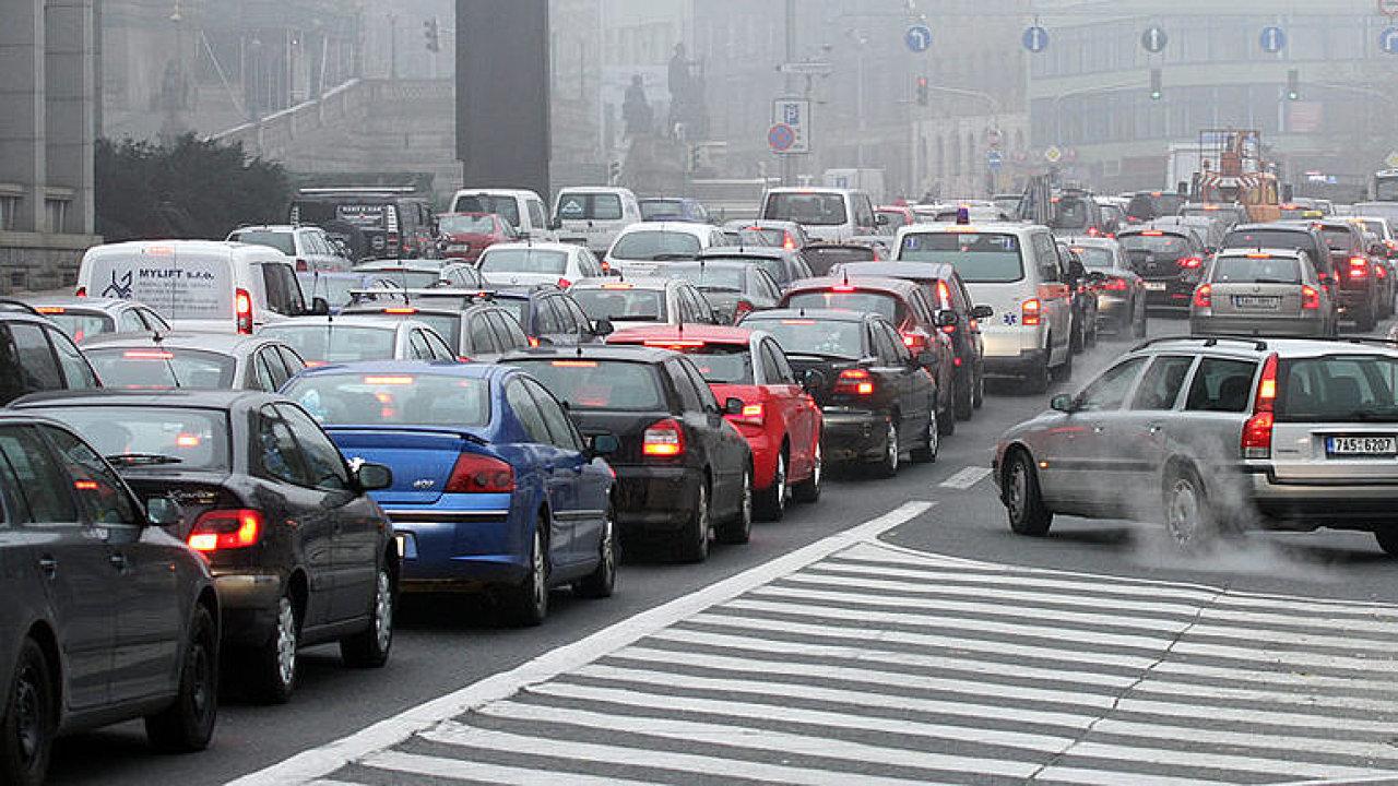 Zákaz dieselů? Nepotřebuji výkon dvou autobusových motorů, abych dojel na nákup, říká Vojtíšek.