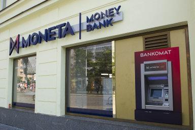 Moneta spustila proces k případnému spojení s Air Bank a českým a slovenským Home Creditem loni v říjnu.