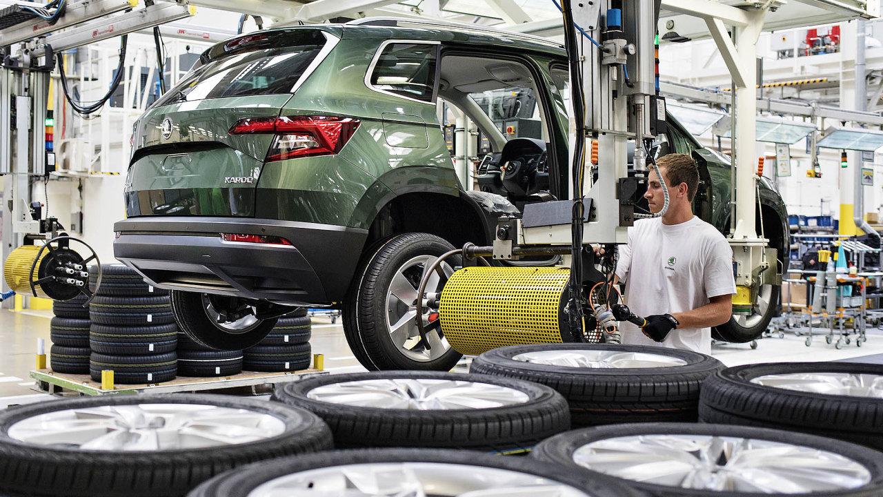 Škoda potřebuje navýšit výrobu: automobilka by zvládla ročně prodat o200tisíc aut více. Najejich výrobu už ale nemá dostatečné kapacity.