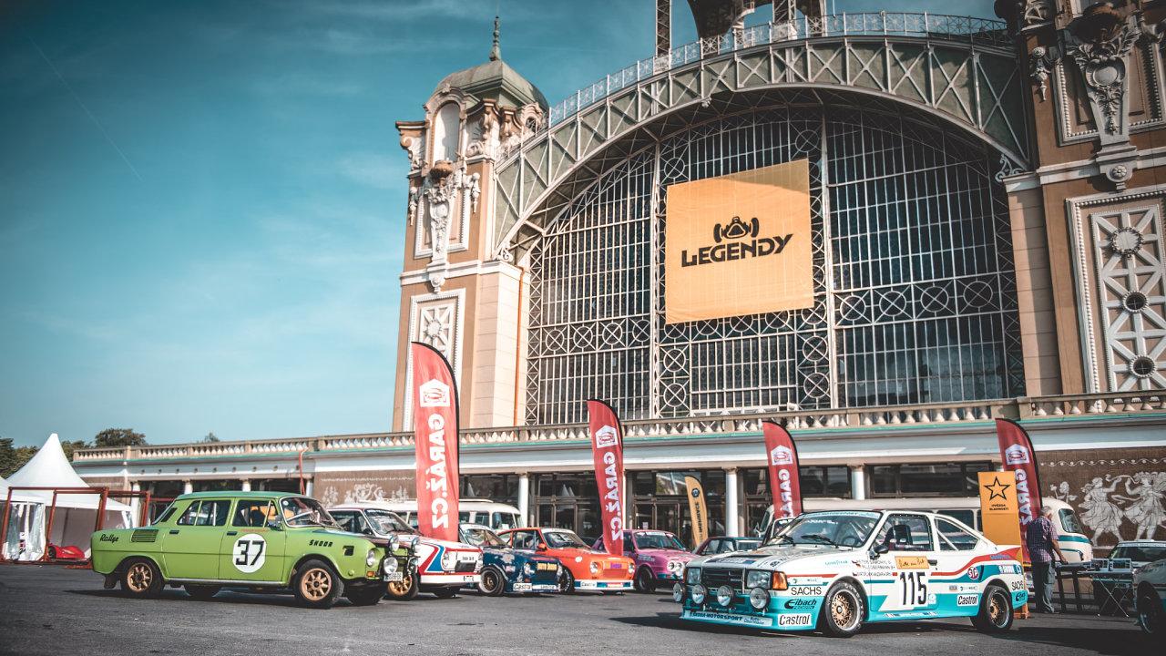 Exkluzivní vozy na akci Legendy: