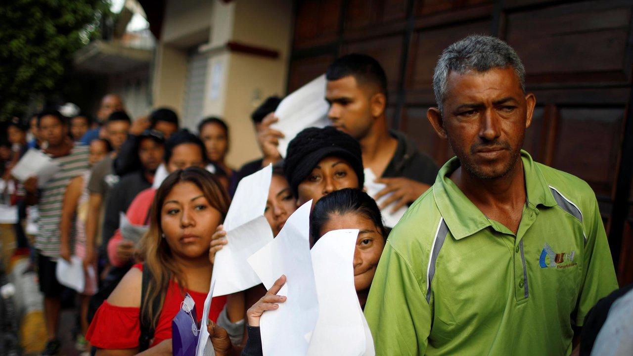 Trpělivost a nuda. Dostat se z jiných středoamerických zemí přes Mexiko do USA s sebou nese praktická i administrativní úskalí.