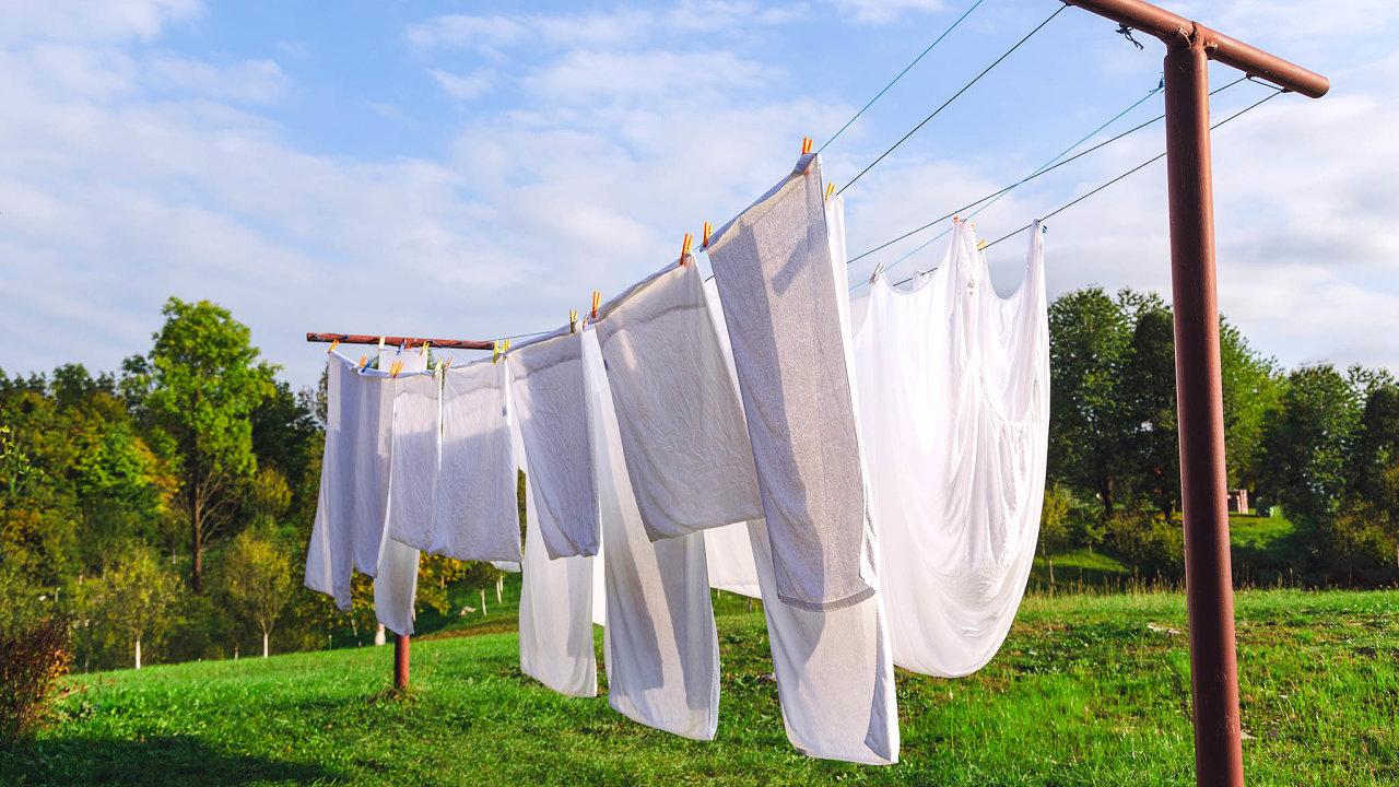 Šla bych pokropit prádlo