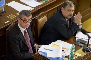 Andrej Babiš a Václav Votava na jednání Poslanecké sněmovny.