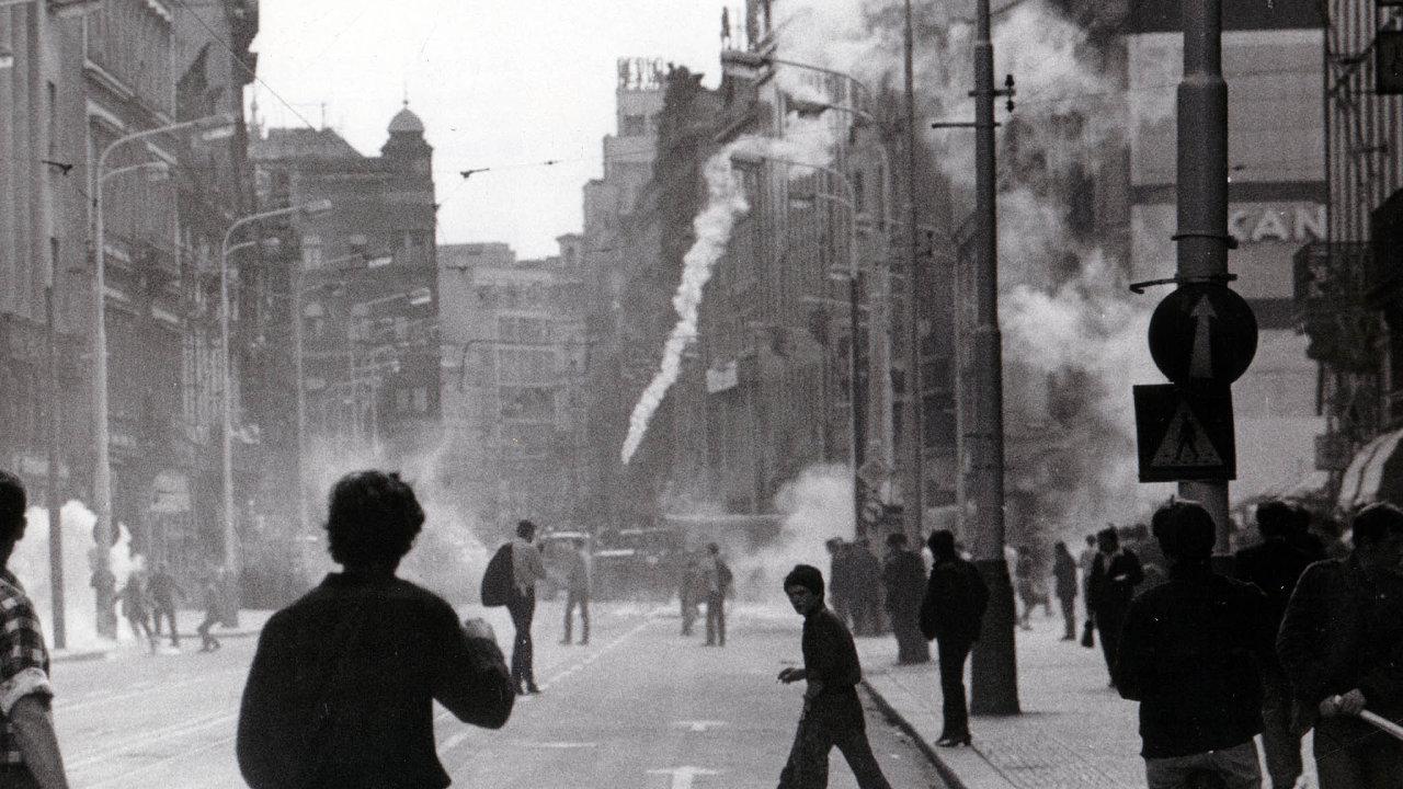 Zpřipomínky prvního roku vpádu vojsk Varšavské smlouvy doČeskoslovenska vsrpnu roku 1969 se stalo celonárodní iosobní trauma.