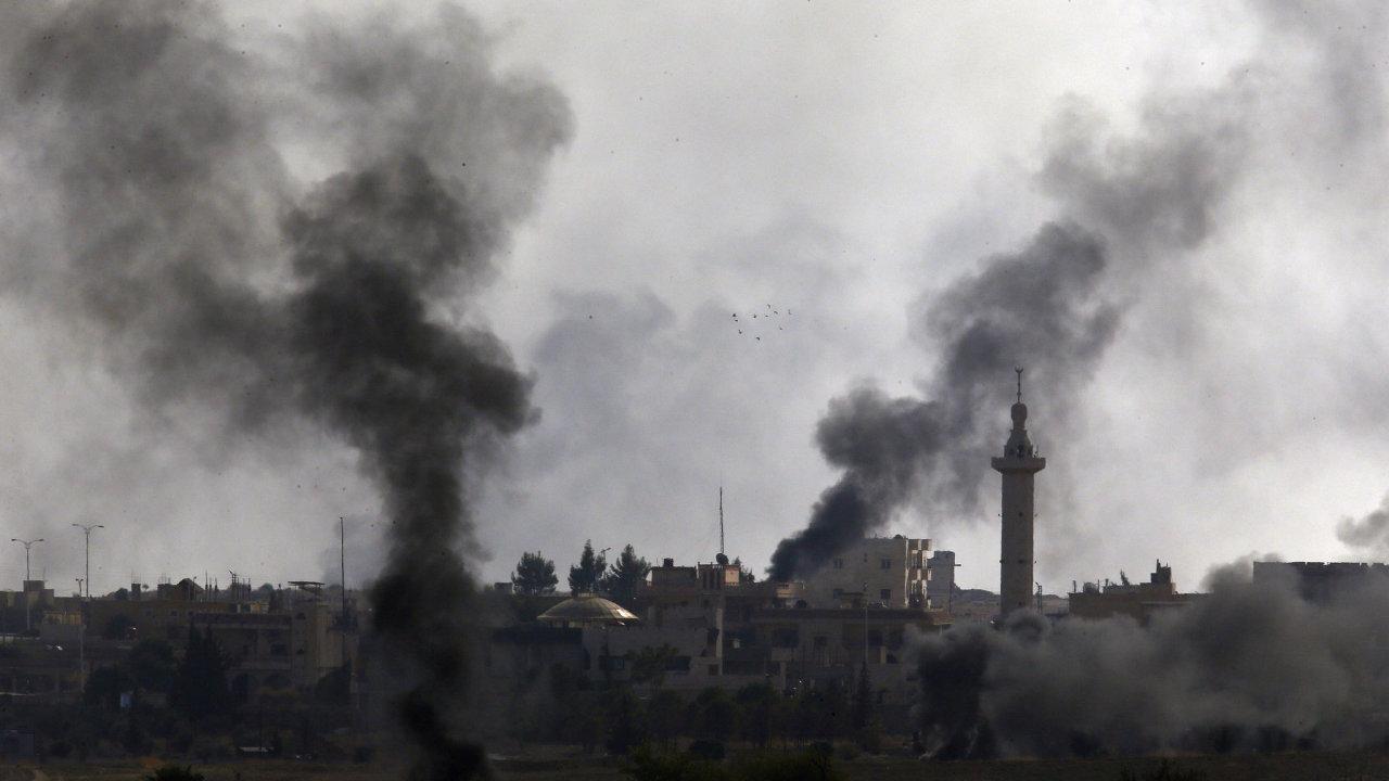 Turecký úder na kurdské cíle v Sýrii.