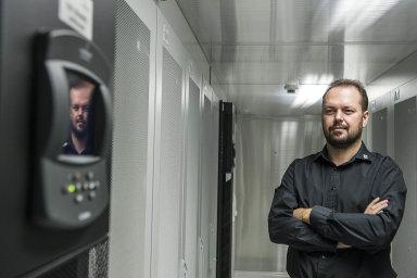 Radek Majer je spolumajitelem společnosti TTC Teleport, jednoho znejvětších poskytovatelů datových center vEvropě. Říká, že se v jeho firmě osvědčily principy samořízení.