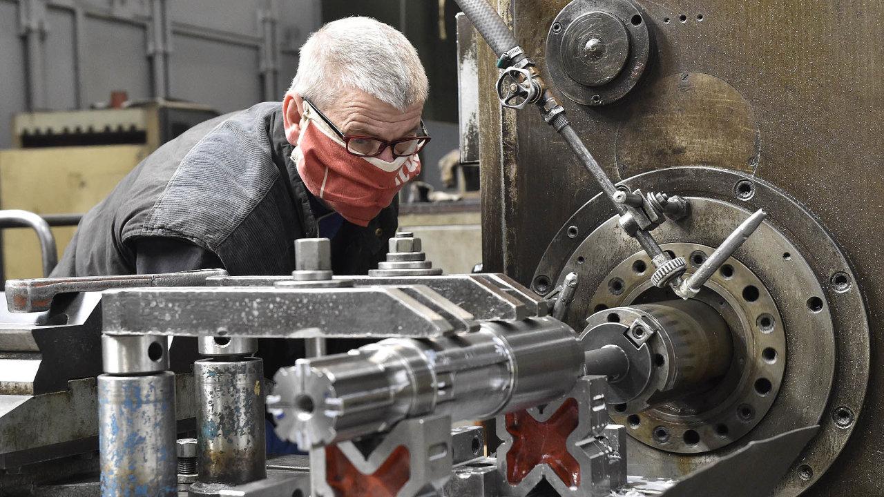 Pandemie koronaviru dopadá i na brněnskou strojírnu Královopolská. Ta nyní řeší, jak si poradit s výpadkem dodávek z Itálie, na kterých je závislá část výroby.