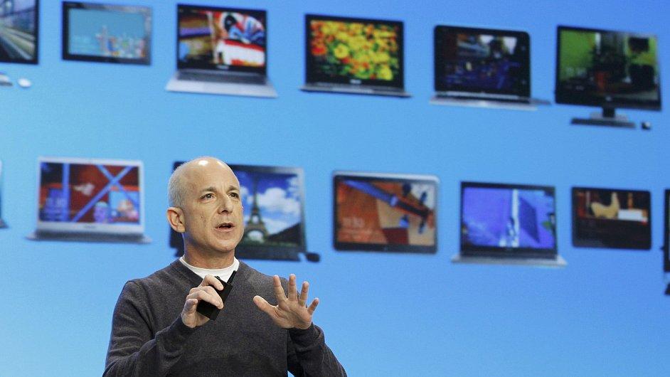 Steven Sinofsky pracoval v Microsoftu od roku 1989