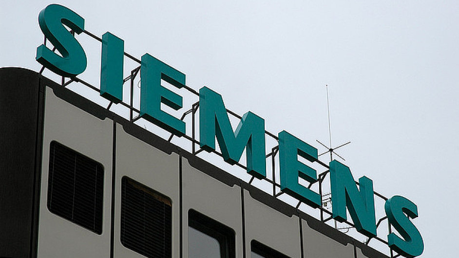 Zisk Siemensu stoupl na 1,39 miliardy eur.