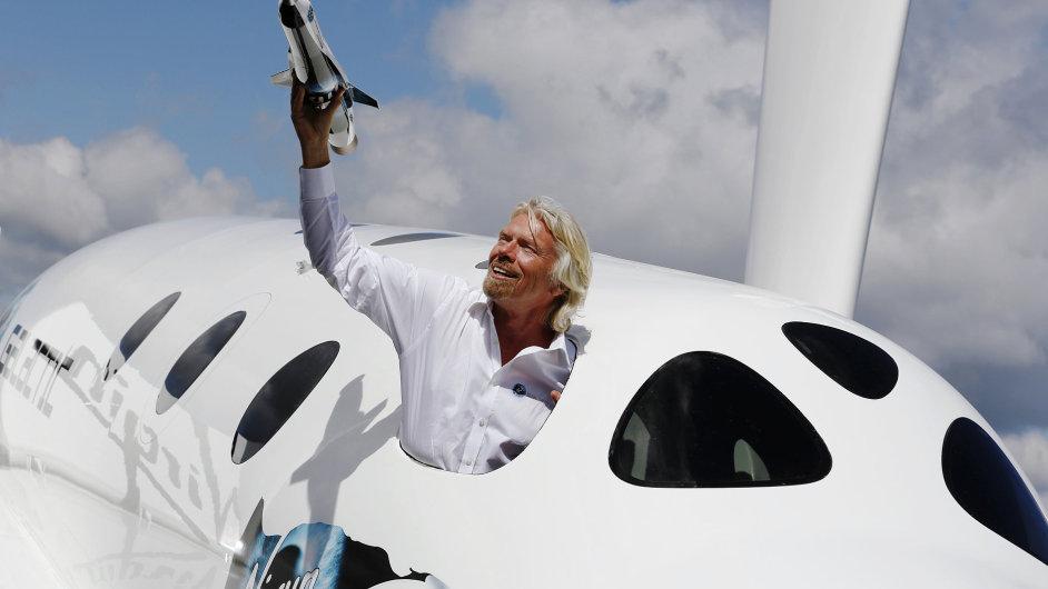 Richard Branson podporuje podmořské výzkumy i lety do vesmíru.