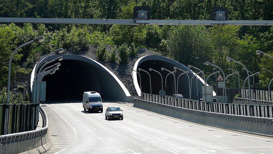 Důležitý Pisárecký tunel v Brně firma Lamtech CZ nakonec neopraví