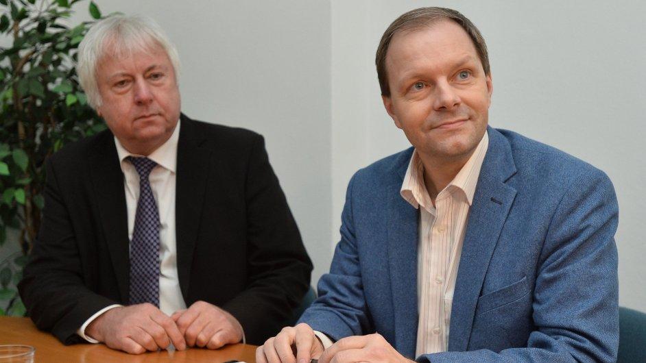 Ministr školství Marcel Chládek a rektor UJAK Luboš Chaloupka (ilustrační foto)