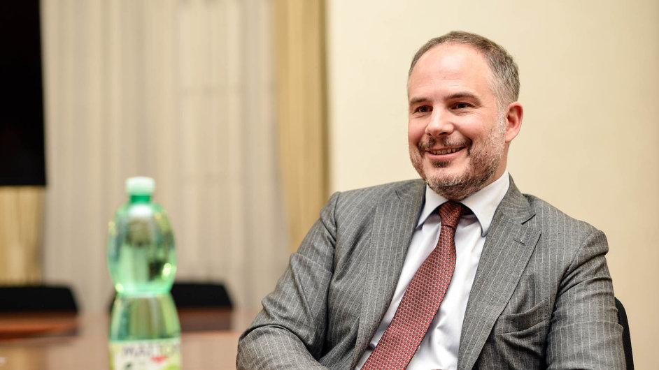 Šéf společnosti Mattoni Alessandro Pasquale se s maďarskými partnery pouští do nového miliardového byznysu.