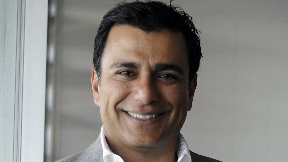Bývalý manažer Googlu Omid Kordestani se stane předsedou správní rady společnosti Twitter.
