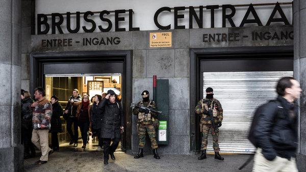 Cestovní pojištění by v případě teroristických útoků mělo stačit, u životního už taková jistota není - Ilustrační foto.