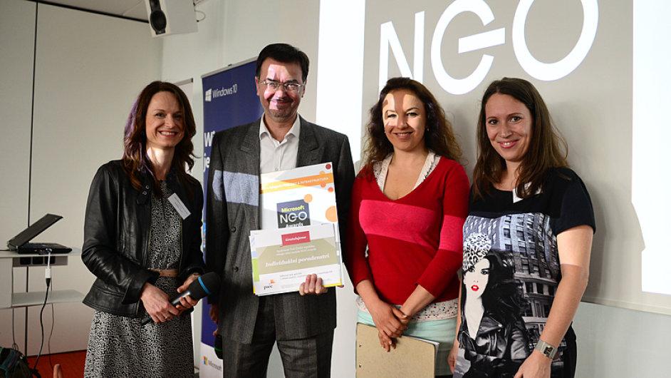 Microsoft a Sdružení VIA vyhlásily vítěze NGO Awards 2016