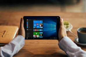 Surface Phone od Microsoftu se blíží, firma ukázala Photoshop běžící na mobilním procesoru