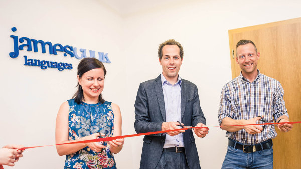 Otevření nové pobočky jazykové školy James Cook Languages