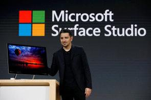 Microsoft místo Surface 5 ukázal stolní počítač za 90 tisíc a virtuální realitu pro Windows