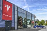 Automobilka Tesla propustila stovky zaměstnanců